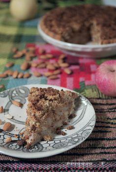 Asian pear and almond crisp pie from Tai Tai Pie Pies   Home Journal Hong Kong [November 2012]