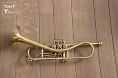 The Gansch horn, by Schagerl of Austria. I like my trumpets like i like my motorbikes, stripped back and raw. This is a clean example, but Thomas Gansch's horn looks like a bit of left over copper pipe from a plumbers truck. Jazz Trumpet, Musical Instruments, Horns, Brass, Copper, Rotary, Motorbikes, Austria, Guitars