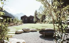 Fotos: cabinski Montafon, Lena Everding Design Hotel, Tiny House, Building A House, Minimalism, Cabin, Plants, Pictures, Sustainable Tourism, Short Breaks