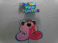 Un año mas juntos Origami, Holiday Crafts, Holiday Decor, Shopkins, Valentine Day Gifts, Mickey Mouse, Joy, Scrapbook, Christmas Ornaments