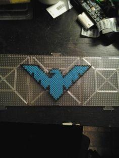 Night wing perler batarang
