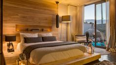 Unquestionably, The Retreat on Hove, floats amongst the most exclusive and extraordinary accommodation options in the Cape Town area and specifically. Cape Town Accommodation, Luxury Accommodation, Premium Hotel, Secret Escapes, Bed And Breakfast, Luxury Homes, Bedroom, Camps, House