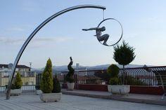 Interesantes esculturas de Lorenzo Quinn.   Quiero más diseño