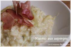 La saison des asperges touche déjà bientôt à sa fin. Mais on peut toujours en déguster des fraîches et voici une manière originale de les cuisiner : en risotto. Pour moi, ça a plutôt été une manière d'utiliser les restes. J'ai bien manger des... #asperges #féculent #jambonsec