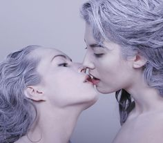 Gottfried Helnwein's set for Der Rosenkavalier at Los Angeles Opera. The creator of the alluring image is artist Gottfried Helnwein, who transfers the Kissing Reference, Human Poses Reference, Pose Reference Photo, Reference Images, Gottfried Helnwein, Drawing Poses, Girls In Love, Art Plastique, Lgbt