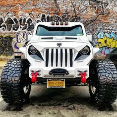 Save by Hermie Jeep Suv, Jeep Cars, Jeep Truck, New Trucks, Cool Trucks, Bad Boys Toys, Lifted Cummins, The Punisher, Custom Jeep