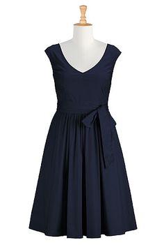 I <3 this Marilyn dress from eShakti  -  navy blue, pleated, sash, full skirt.  want.         lj