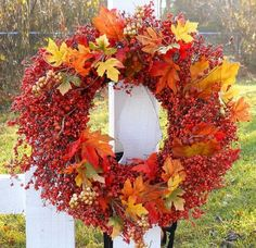 Tuck fall leaves in the wreath I have already, then they can be removed for winter