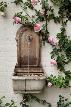 umla:  (via Garden and Flora   R o s e   C o t t a g e   Pinterest)