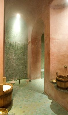 The suites have a minibar, a CD player and a TV/DVD. Bathrooms feature a stepped and colum...