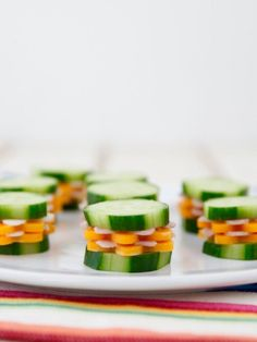 Recipes For Picky Eaters Cucumber Stackers made with fresh vegetables is the perfect healthy snack for kids. Even picky eaters cannot resist it! Lunch Box Recipes, Baby Food Recipes, Breakfast Recipes, Lunch Ideas, Healthy Recipes, Party Recipes, Family Recipes, Healthy Foods, Toddler Meals
