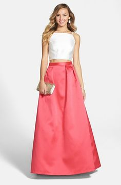 A little midriff is the style for the spring/summer dresses - love this one! @nordstrom #nordstrom