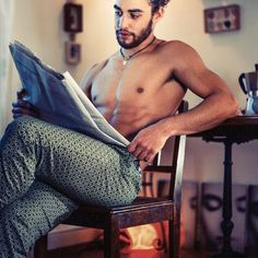Hello 2017!!! Start right with good Italian coffee, your favorite newspaper, those comfortable PATER et FILIUS pants...And enough time. Make it your daily moment! #qualitytime #enjoylife #startright #luxurylifestyle #mensunderwear #dandy #dapper #itsamensworld #mensfashion #mensfashionblog #fashionbeans #paterfilius #instagood #onlineshop