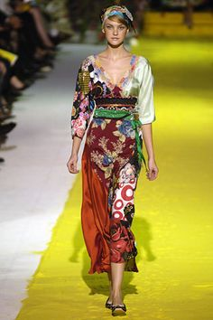 Christian Lacroix | Spring 2006 Ready-to-Wear Collection | Style.com