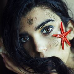 Surreal Photography by Rebeca Cygnus http://www.cruzine.com/2013/08/29/surreal-photography-rebeca-cygnus/