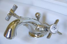 Landelijke Kranen Badkamer : Besten nostalgische badkamer bilder auf badezimmer