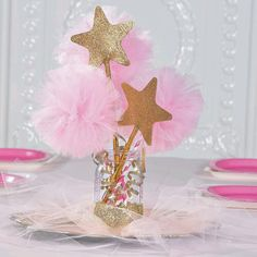 Pink & Gold Tulle Centerpiece - so cute for a princess party! Star Wars Party, Star Party, Princess Centerpieces, Star Centerpieces, First Birthday Centerpieces, Elephant Baby Shower Centerpieces, Baby Shower Themes, Shower Ideas, Baby Shower Table Centerpieces