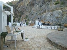 Just married#white olive driftwood