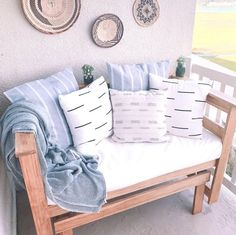 Five Fabulous and Fluffy Modern Neutral Accent Pillows Diy Patio Furniture Cheap, Patio Furniture Makeover, Porch Furniture, Porch Glider Swing, Patio Glider, Porch Swings, Summer Porch Decor, Diy Porch, Porch Ideas