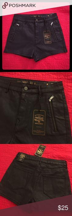 Zara Coated Denim Shorts size 6 New with tags, size 6, black Coated Denim High Rise shorts!🖤BUNDLE TO SAVE- 15%OFF OF 2+ ITEMS🖤 Zara Shorts Jean Shorts