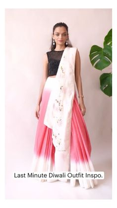 Indian Gowns Dresses, Indian Fashion Dresses, Dress Indian Style, Indian Designer Outfits, Designer Dresses, Saree Wearing Styles, Saree Styles, Stylish Sarees, Stylish Dresses