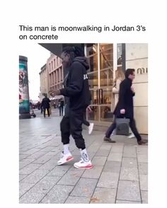 The Hee-Hee is strong with this one🕴🕺 - Trending Videos on TikTok - Watch Comic TikTok Videos