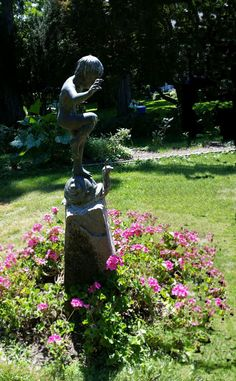 Statues can be wonderful additions in gardens, highlighting a space and becoming a focal point or just a hidden surprise. From Educator Sandy Buxton.