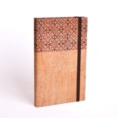 """""""PORTUGUESE TILES"""" CORK NOTEBOOK A5 Plain Notebook made of """"Portuguese Tiles"""" pattern printed cork, with elastic band and expandable inner pocket The cork is printed with solvent free inks. lusamater.pt"""