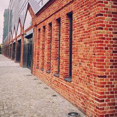 Karolkowa Business Park w pełnej krasie ☺ Wiosna 2015 #instacity #ig_captures #capital #warsawcity #poland #vscopoland #vscowarsaw #ig_streetphoto #instastreet #ig_streetphotography #instabuilding #polisharchitecture #warszawa #polska #lubiepolske #biznes #ulica #stolica #mobilephotography #instastreet #fallinlovewithwarsaw #igerspoland #igerswarsaw #loves_poland #bestofpoland #visitpoland #warszawskiemozaiki #instawarsaw #instagrampl #cegła #architektura