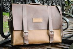 Handcrafted Leather Messenger Bag Manager by Doodka Leather Goods #Handmade #MessengerCrossBody