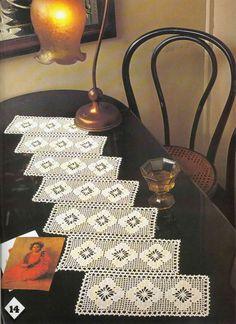 Album Archive - Magic Crochet nº 24 Filet Crochet, Crochet Doily Patterns, Crochet Art, Crochet Diagram, Crochet Home, Irish Crochet, Crochet Designs, Crochet Doilies, Hand Crochet