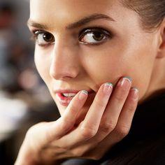 smoky eyes, like her smile. #makeup inspiration