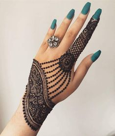 Mehndi is something that every girl want. Arabic mehndi design is another beautiful mehndi design. We will show Arabic Mehndi Designs. Henna Hand Designs, All Mehndi Design, Mehndi Designs Finger, Simple Arabic Mehndi Designs, Mehndi Designs For Girls, Modern Mehndi Designs, Bridal Henna Designs, Mehndi Design Photos, Beautiful Henna Designs