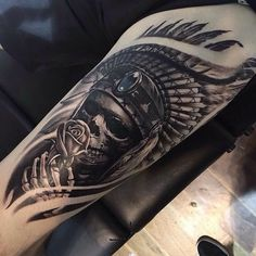 Arm Tattoo 93758 Cool Indian Skull Upper Arm Tattoo Designs - Best Arm Tattoos For Men: Cool Upper, Lower, Inner, Front, Back and Side Arm Tattoo Designs and Ideas For Guys Indian Skull Tattoos, Skull Rose Tattoos, Skull Sleeve Tattoos, Best Sleeve Tattoos, Tattoo Sleeve Designs, Body Art Tattoos, Cool Tattoos, Red Indian Tattoo, Indian Headdress Tattoo