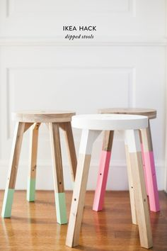 Cheap Ikea stool for your desk? We could stain it darker perhaps? -- Dipped Stools - 20 Of The Internet's Best IKEA Hacks - Photos Ikea Stool, Diy Stool, Ikea Hack Chair, Diy Home Decor Projects, Home Decor Items, House Projects, Ikea Hacks, Hacks Diy, Skogsta Ikea