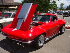 In the event the Corvette Guys don't have or can't find what you're looking for then they are guaranteed to understand somebody who does. Old Corvette, Classic Corvette, Chevrolet Corvette Stingray, Corvette Summer, Custom Muscle Cars, Chevy Muscle Cars, Us Cars, Sport Cars, Motos Vintage