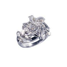 The Galadriel Ring - The Hobbit (5) The Noble Collection http://www.amazon.com/dp/B00BJ8938C/ref=cm_sw_r_pi_dp_zOiIub0M9B02Y