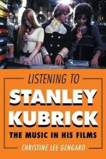스탠리 큐브릭 영화속 음악 | 316페이지, 2012년 11월2일 출간, 1.1 x 6 x 9 inches | 스탠리 큐브릭 영화와 그의 영화에서 중요한 위치를 차지하는 음악에 대한 이야기다. 스탠리 큐브릭은 고등학교를 졸업하기전에 이미 프리랜서형식으로 음악칼럼을 써서 잡지에 기고했을정도로 음악에 대한 깊은 열정과 지식을 가지고 있었다. 이 책은 스탠리 큐브릭이 그의 영화에 삽입되는 음악을 어떻게 선정하고 왜 그것을 선정했는지 재미있게 들려준다. 귀에 익은 스탠리큐브릭 영화음악의 악보도 부분 실려있어서 직접 하이라이트 부분을 연주 해 볼수도 있다. 작가 Christine Lee Gengaro 는 미국 Los Angeles City College 음악학과의 교수로 재직하고 있다.