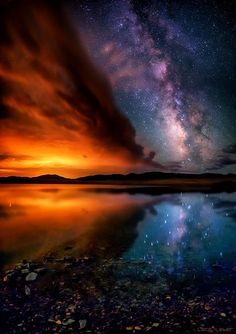 "The Milky Way at Sunset, reflected off ""The Eleven Mile Reservoir"" in Colorado! The Milky Way is the galaxy that contains our Solar System. All Nature, Science And Nature, Amazing Nature, Beautiful Sky, Beautiful Places, Wonderful Places, Cool Pictures, Beautiful Pictures, Photos Voyages"