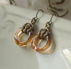 SALE Infinity handmade earrings topaz Swarovski von PeacockTresChic