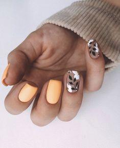 Short Square Acrylic Nails, Short Square Nails, Fall Acrylic Nails, Fall Nails, Colored Acrylic Nails, Stylish Nails, Trendy Nails, Cute Short Nails, Subtle Nails