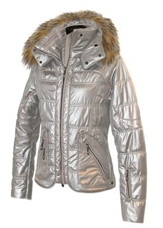 DARLING SKI JACKET #SkiWear #Ski #Skiing #Women #Fashion #FUN