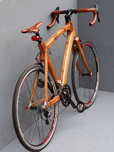 20 Creative Wooden Bicycle Design You Must See - Smashfreakz Bamboo Bicycle, Wooden Bicycle, Wood Bike, Velo Vintage, Vintage Bicycles, Bici Fixed, Motorized Bicycle, Mtb Bicycle, Bicycle Girl