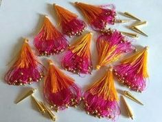 MCB'sUsing 2 colors of silk thread how to make easy and latest kuchu /tessels for fancy &silk Sarees Embroidery Jewelry, Hand Embroidery Designs, Embroidery Patterns, Saree Tassels Designs, Saree Kuchu Designs, Silk Thread Bangles, Thread Jewellery, Bridal Silk Saree, Silk Sarees