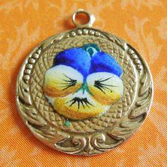 Vintage Enamel Pansy Flower 14k Gold Charm