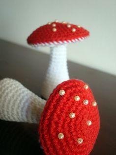 Arg! Love these little Mushrooms!  cogumelos…byMaria Handmadeon Flickr