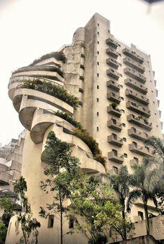 brutalist building in the Favela Paraisopolis, São Paulo