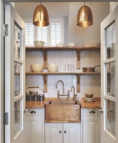 butler's pantry off a family room?
