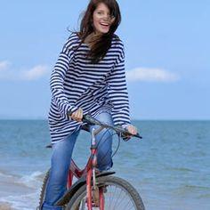 9 καλοκαιρινοί τρόποι για να καις πολλές θερμίδες Bicycle, Tops, Women, Style, Fashion, Swag, Moda, Bike, Bicycle Kick