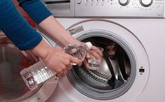 """Addio al detersivo! La scoperta: """"Per panni perfetti basta mettere nella lavatrice un bicchiere di…."""